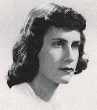 Senior photo of Anne (Wechsler) Hiatt, Beaver Class of 1968.